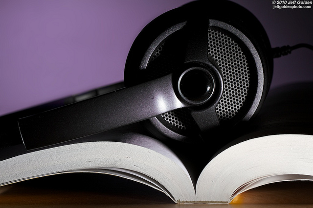 How audio in eBooks can facilitate the learning process